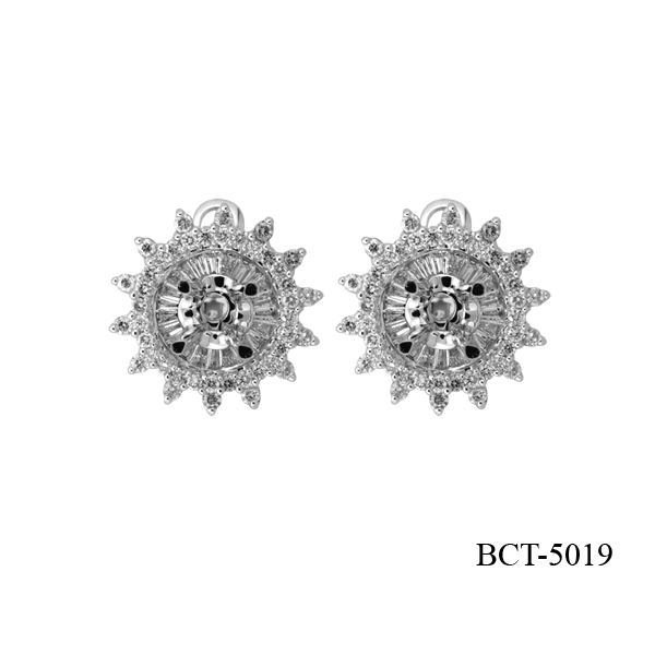 Lam's diamond engagement earring