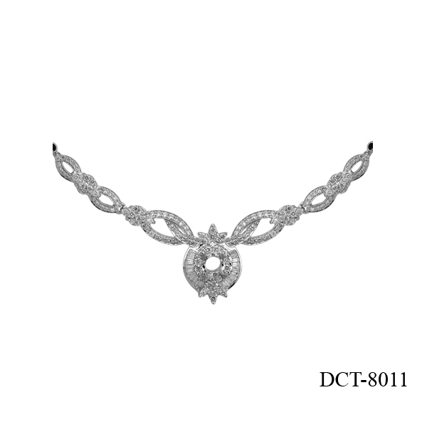 Lam's design diamond necklace